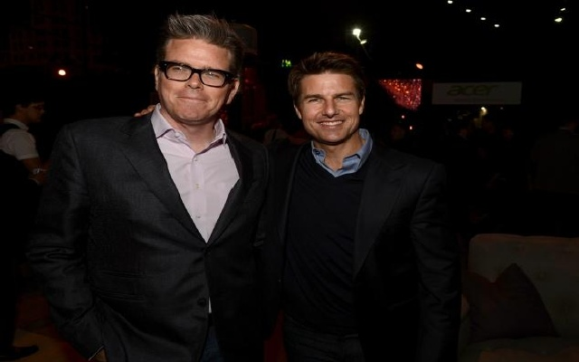 Christopher McQuarrie and Tom Cruise